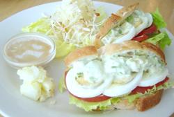 アボカドと卵サンド.jpg